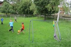 Fußball-spielen
